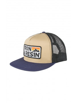 Summit Casquette Iron and Resin