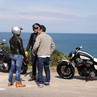 Un œil dans le rétro 👁️ Il y a plus de 2 ans, @berryfabrice nous rendait visite pour le @freewaymagazine - - - - #daytona73 #motorcycle #gentlemanrider #moto #custom #scrambler #harleydavidson #fortyeight #hd48 #magazine #freeway #photographe #leather #jacket #leatherjacket #cuir #bikerlife #bretagne #breizh #bzh