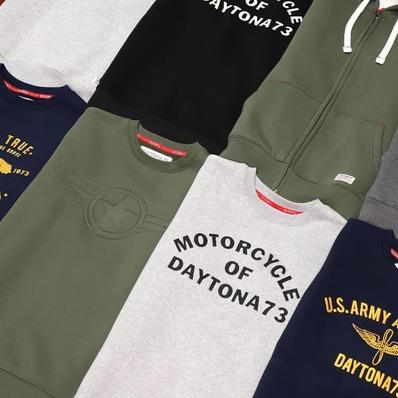 SWEATS DREAMS Découvrez notre gamme de sweats et hoodies esprit dandy rider. 👉 daytona73.com - - - - #daytona73 #fallwinter21 #automnehiver21 #collection #newin #nouveauté #sweat #hoodies #dandyrider #streetwear #fashion #fashionista #mensfashion #menstyle #menswear #stylish #ootd