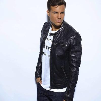 """NOUVEAUTÉ ⚡ Le modèle Oliver passe en mode camouflage dans un coloris """"all black"""". Alors conquis ? - - - - #daytona73 #leather #jacket #leatherjacket #motojacket #apparel #cuir #blouson #veste #outfit #blousonmoto #motorcycle #racing #fashion #fashionista #mensfashion #menstyle #menswear #stylish #ootd #leder #black"""
