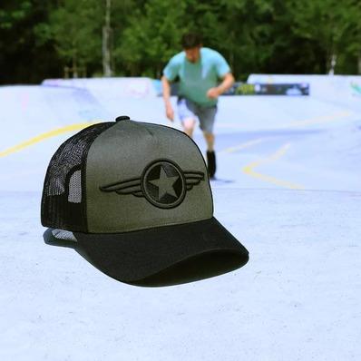 Après le t-shirt, retrouvez la casquette avec notre étoile ailée en coloris kaki. 🧢 Modèle Star twill - - - - #daytona73 #printempsete21 #springsummer21 #collection #nouveautés #newin #etoile #star #army #cap #casquette #caps #trucker #outdoor #fashion #fashionista #mensfashion #menstyle #menswear #stylish #skate #skateboard #skatepark #skatelife